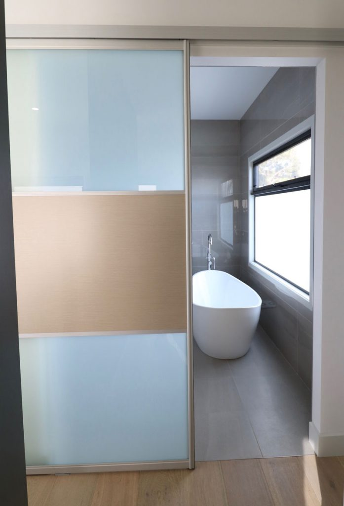 bathroom-sliding-doors