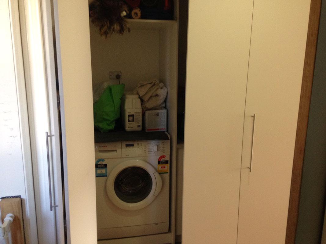 alicante-white-laundry open