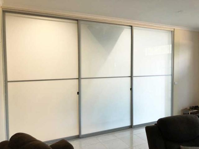 Daycare centre sliding doors