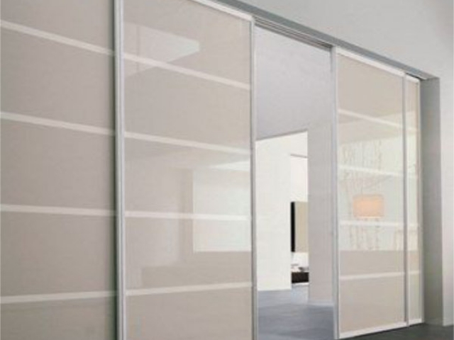 2 Fixed - 2 Sliding Natural Anodised Aluminium With Frosted Glass Inserts