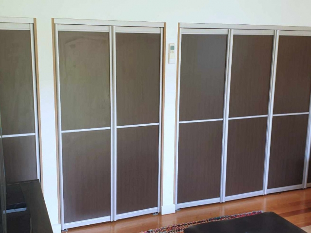 2 & 4 Panel Symmetrical - Home  Office - Natural Anodised Aluminium With Woodgrain Melamine Inserts